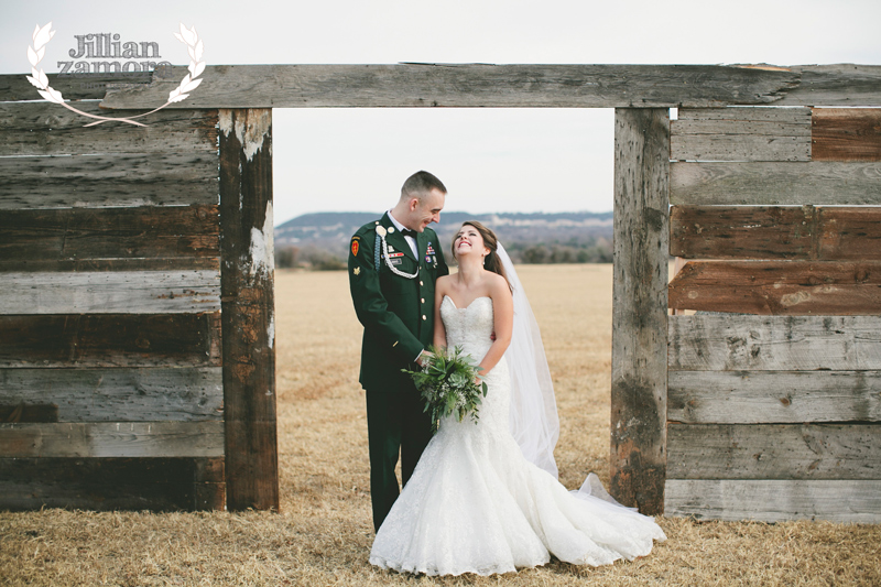 wintercountrywedding_jillianzamoraphotography32