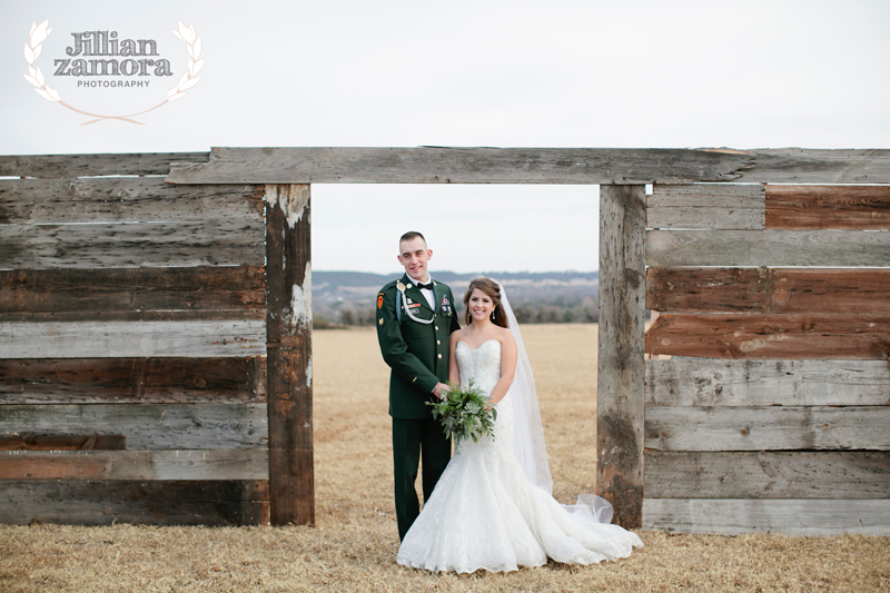 wintercountrywedding_jillianzamoraphotography34