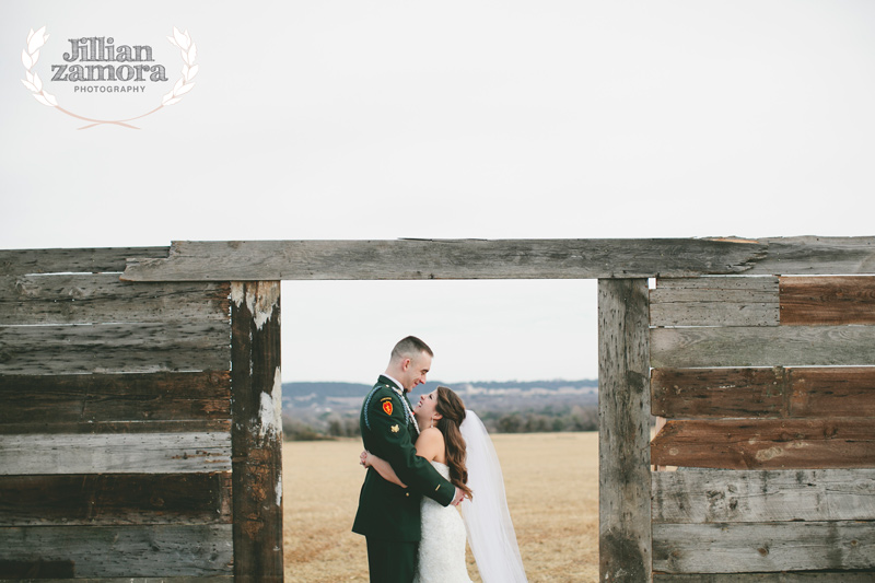 wintercountrywedding_jillianzamoraphotography37