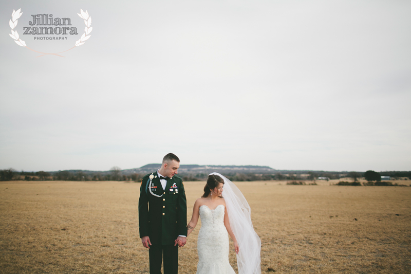 wintercountrywedding_jillianzamoraphotography45