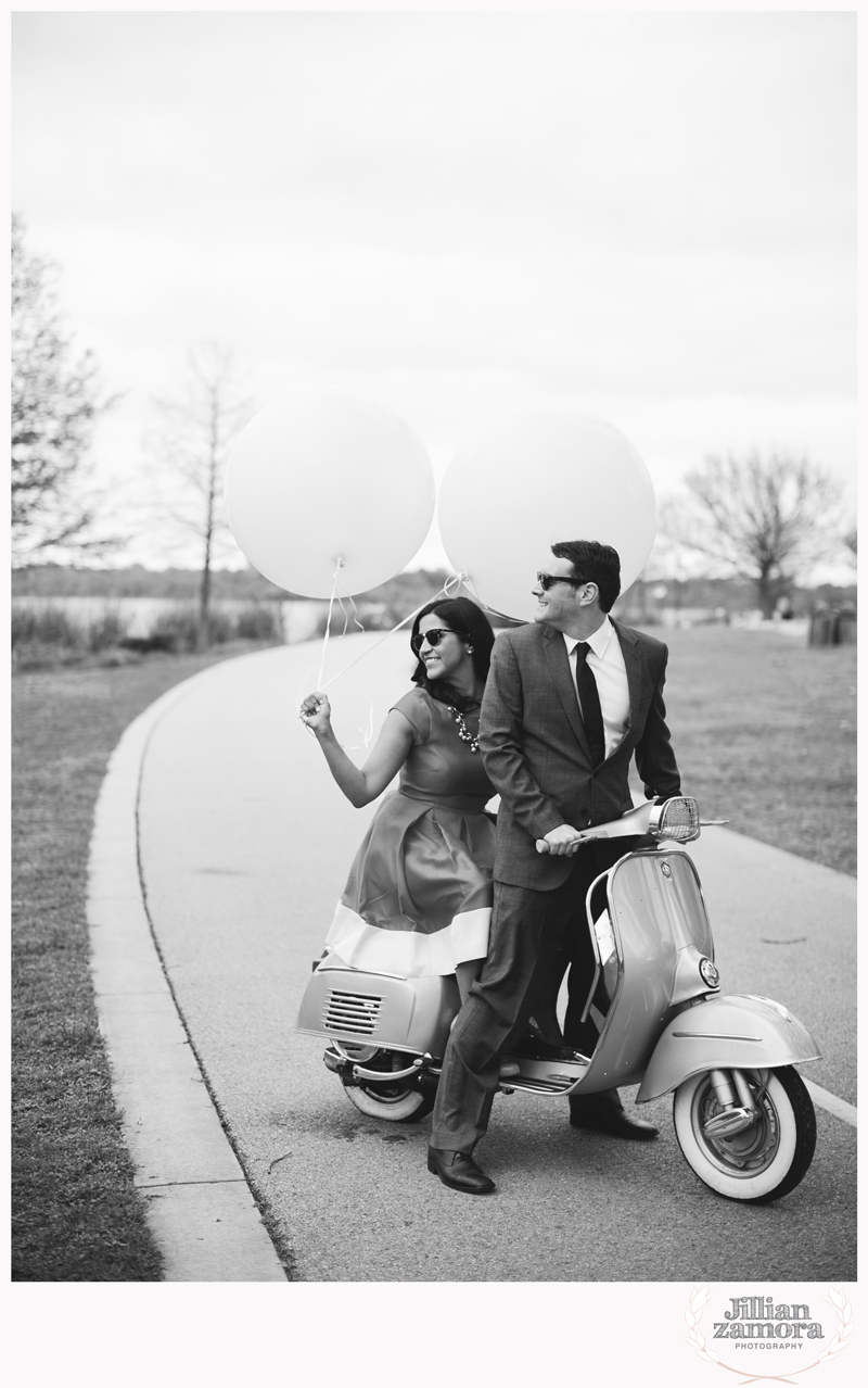 dallas-vintage-vespa-balloon-engagements11