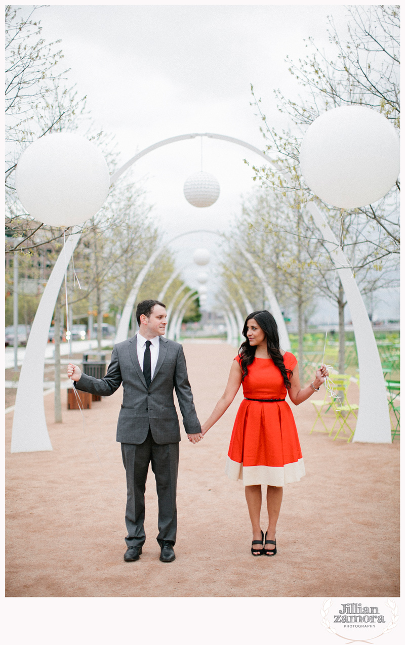 dallas-vintage-vespa-balloon-engagements25