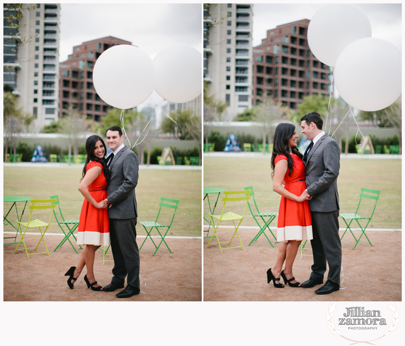 dallas-vintage-vespa-balloon-engagements34