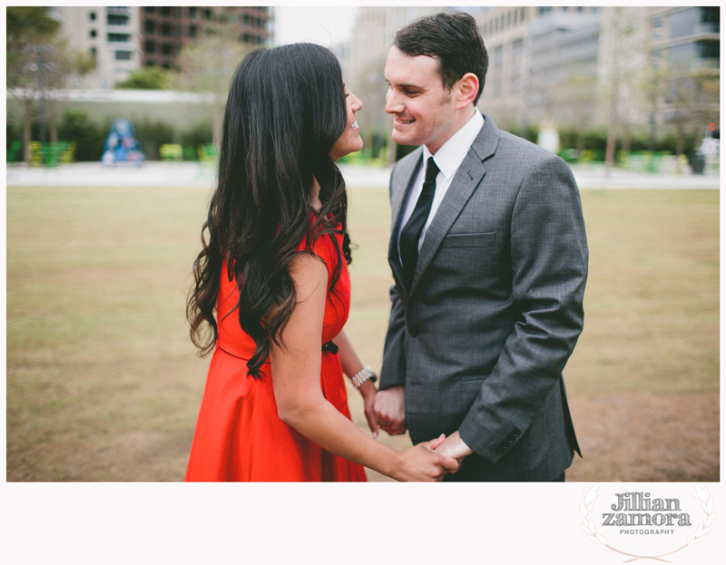dallas-vintage-vespa-balloon-engagements39