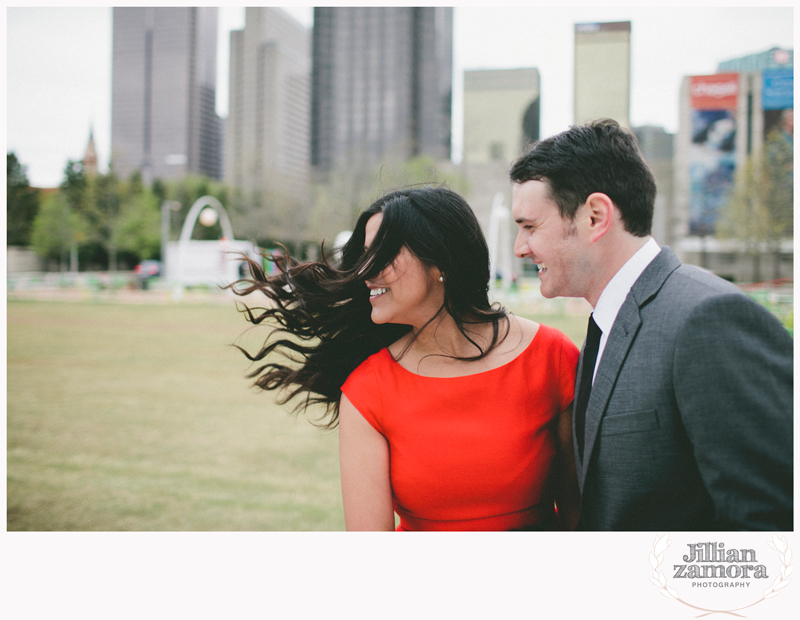 dallas-vintage-vespa-balloon-engagements45