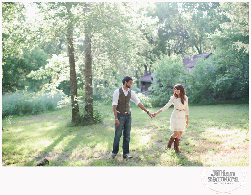 rustic vintage cedar hill state park engagement photography _04