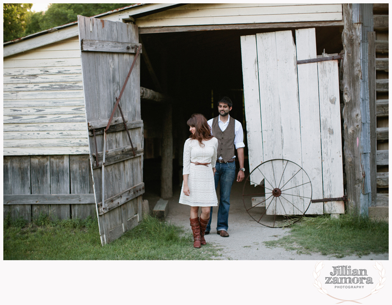 rustic vintage cedar hill state park engagement photography _10
