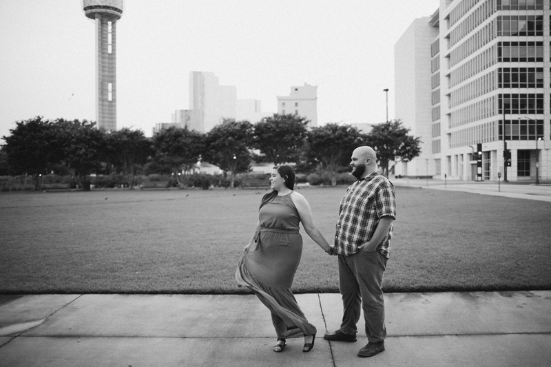 dallas big balloon engagement photos32