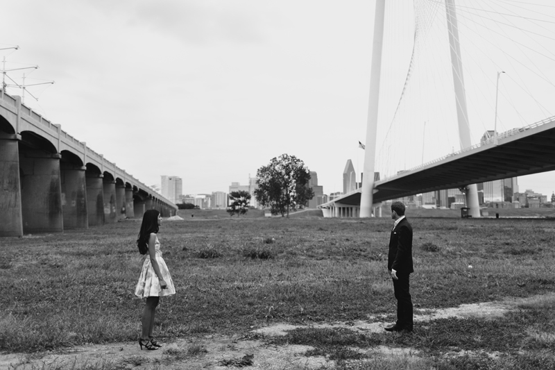 margaret hunt hill bridge engagement session_17